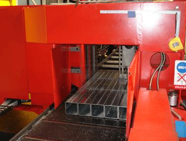 鋼材の特性を活かす加工方法